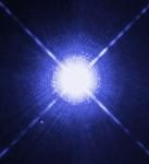 Syriusz widziany z teleskopu Hubble'a (Wikipedia)